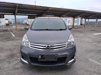 Nissan Grand Livina XV 1.5 FACELIFT 2012 Automatic